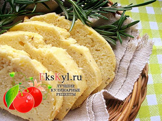 Как-готовить-кукурузный-хлеб
