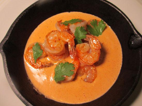 Креветки в сливочно чесночном соусе