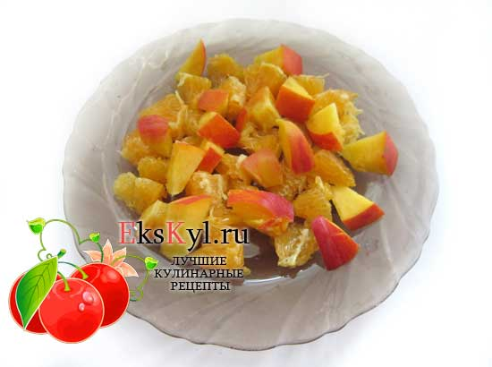 Выложите персик