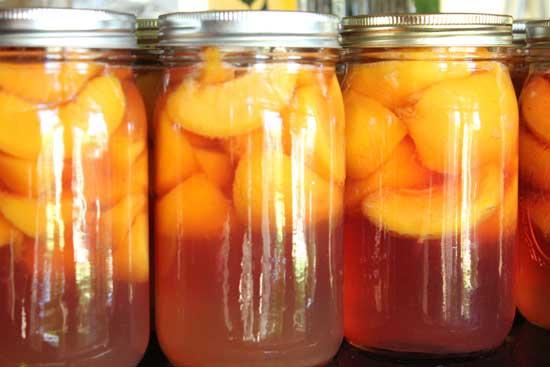 Вкусный персиковый компот на зиму