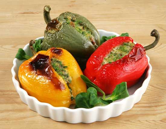 Рецепт перца, фаршированного грибами, овощами и рисом