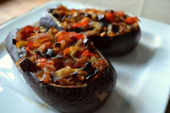 Рецепт фаршированных баклажанов, запеченных в духовке