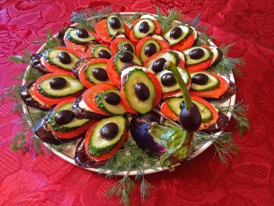 Закуска из баклажанов с сыром «Павлиний хвост»