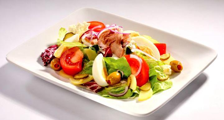 рецепт от шеф повара салата с тунцом
