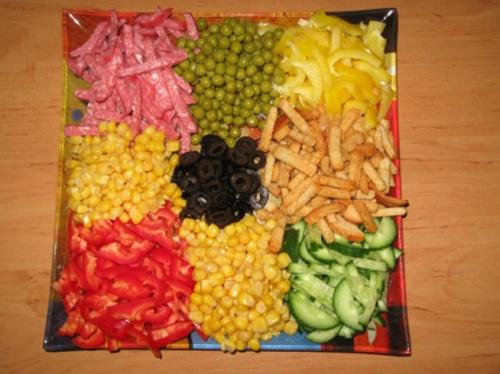 как сделать салат с чипсами рецепт
