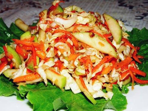 салат из капусты свежей