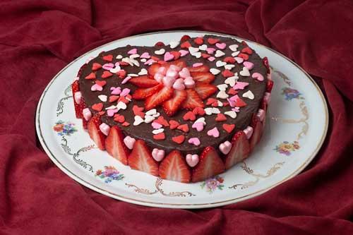 украсить торт на 14 февраля