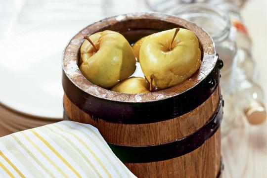 моченые яблоки с капустой