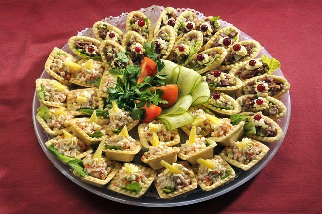 салат в тарталетках на новый год