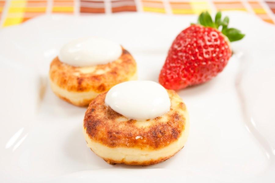 Сырники из творога - Пошаговый рецепт с фото Десерты